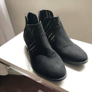 Women Belks Boots On Poshmark